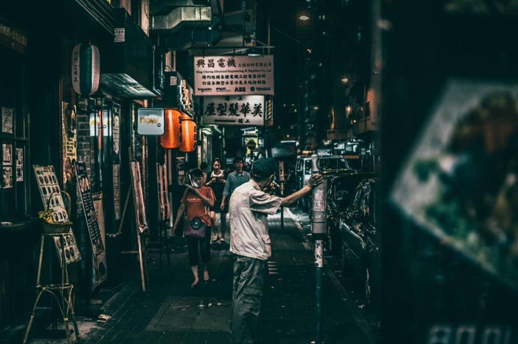 Street Photography Settings + (5 Images & Camera Settings)   Tripodyssey