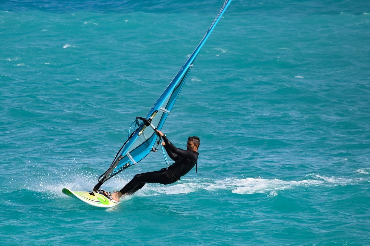 windsurfing in Alacati