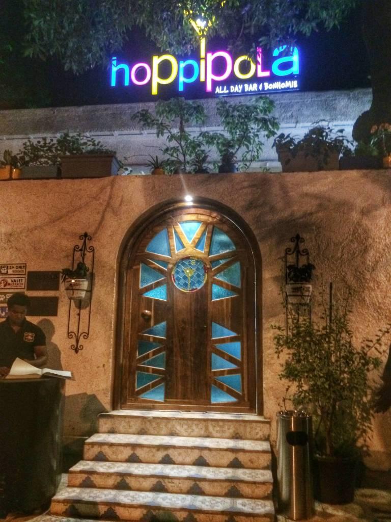 Hoppipola, Khar, Mumbai