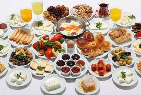Khavalti, the traditional breakfast