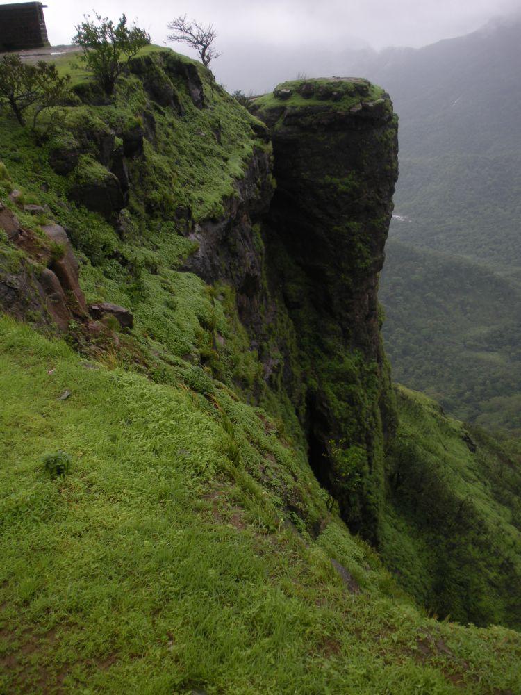 Matheran Places to Visit in April