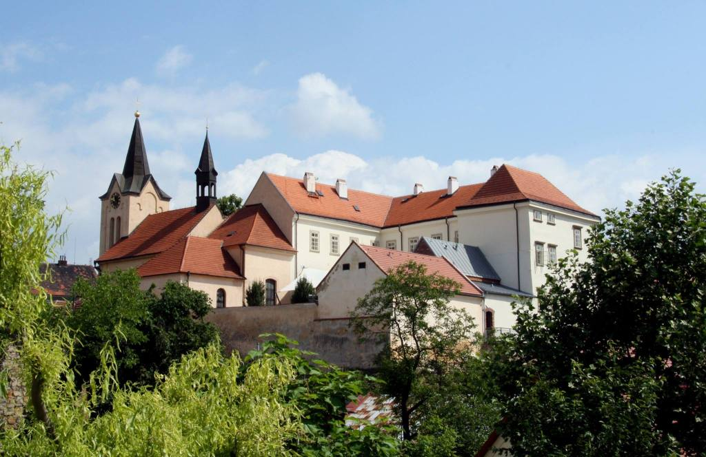 Chvaly Chateau