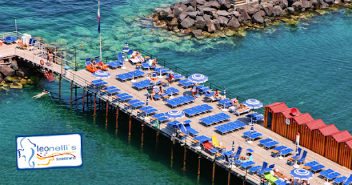 Things to See in Sorrento: Leonelli's Beach