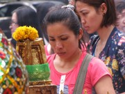 Faces of Bangkok at the temple
