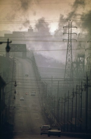 dark_clouds_of_factory_smoke_obscure_clark_avenue_bridge_-_nara_-_550179
