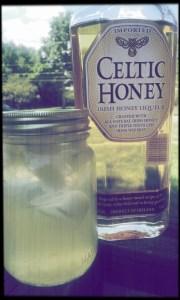 Whiskey Honey Lemonade