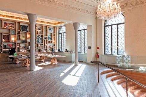 DeCanto la caffetteriawine bar di Piazza della Scala a