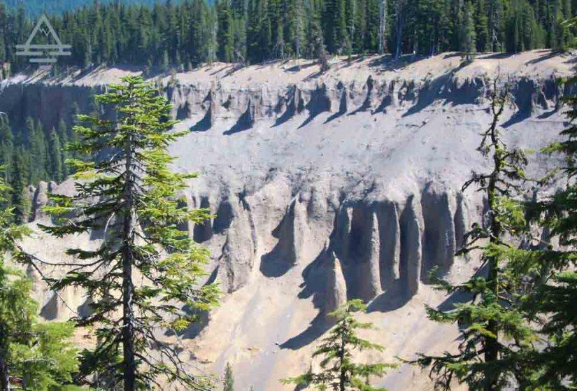 Fumarole formations
