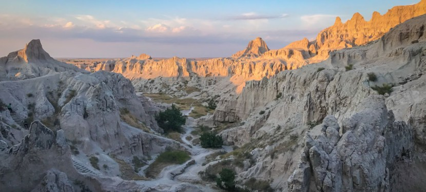 The Badlands Notch Trail