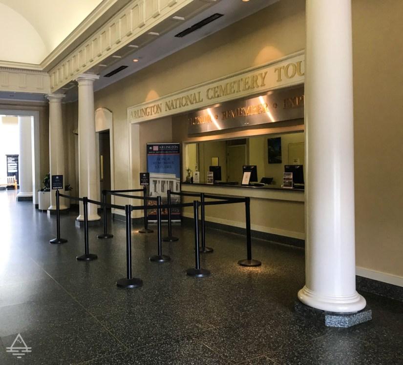 Arlington Cemetery Tour Desk