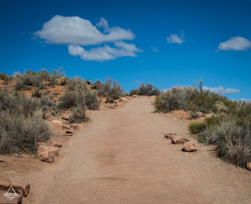Devil's Garden Trail to Landscape Arch in Arches National Park near Moab, UT