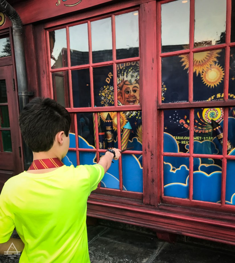 Interactive wand and store window in Harry Potter World  Orlando.