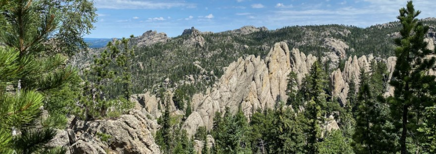 View rock spires and trees on Sunday Gulch Trail