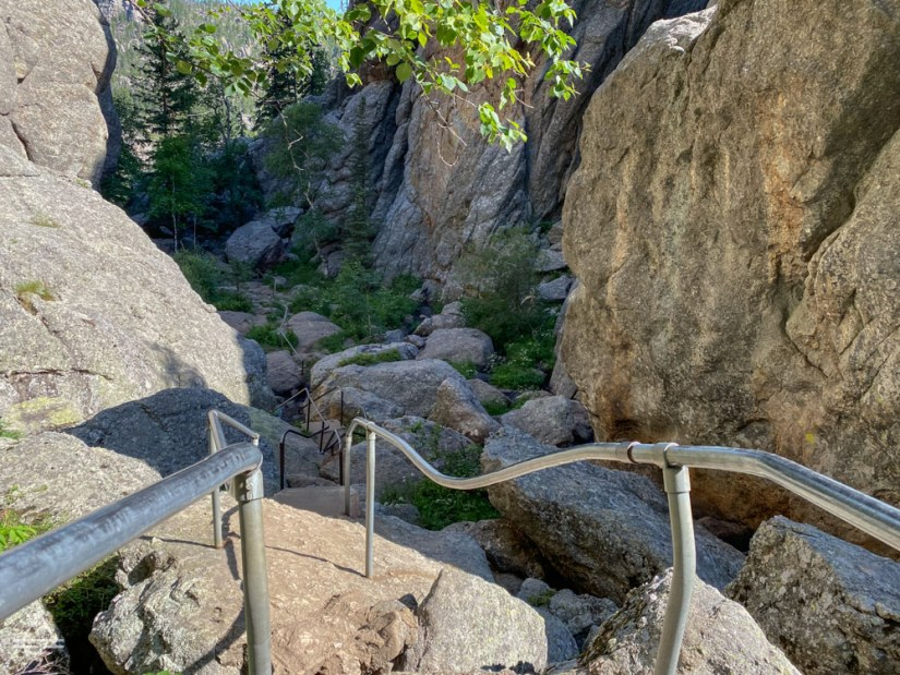 Railings over boulders on Sunday Gulch Trail