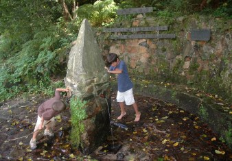 boys at fountain