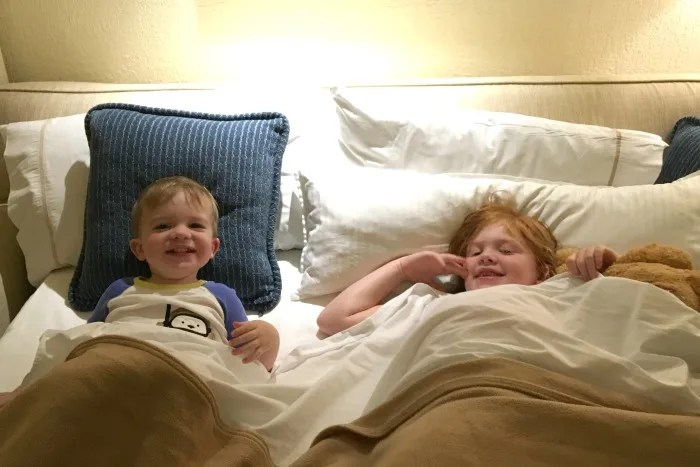 travel-sleep-options-for-babies-and-toddlers-hotel-sofa-bed-siblings