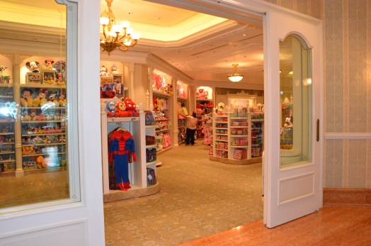 Hong Kong Disneyland Hotel Shop