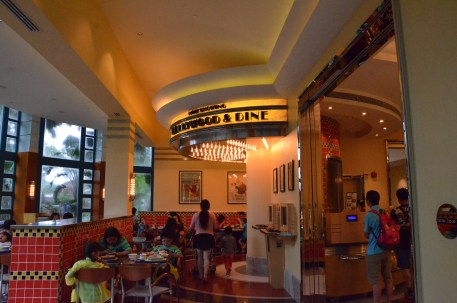 Hong Kong Disneyland Hollywood Hotel Restaurant Hollywood & Dine