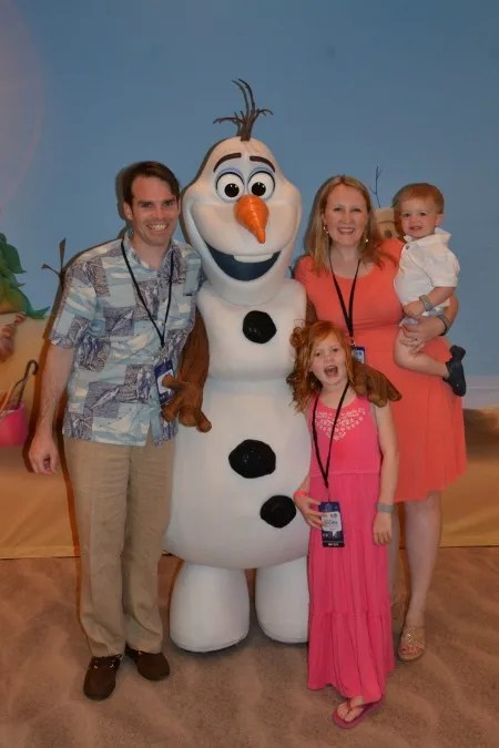 DisneySMMC Olaf Meet Greet