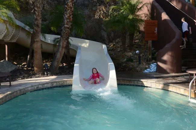 Neutrogena Summer Travel Sunscreen Pool