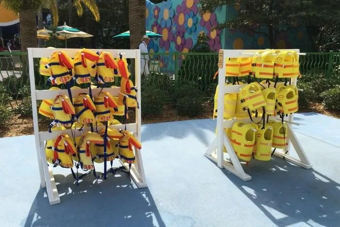 Summer Water Safety - Lifejackets