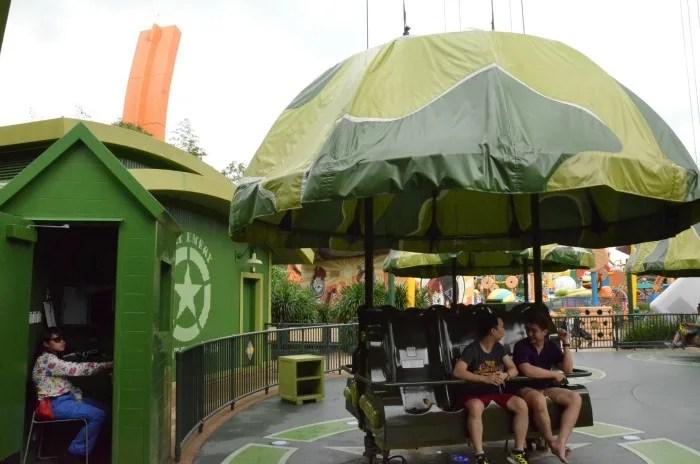 Top Attractions at Hong Kong Disneyland - Parachute Drop