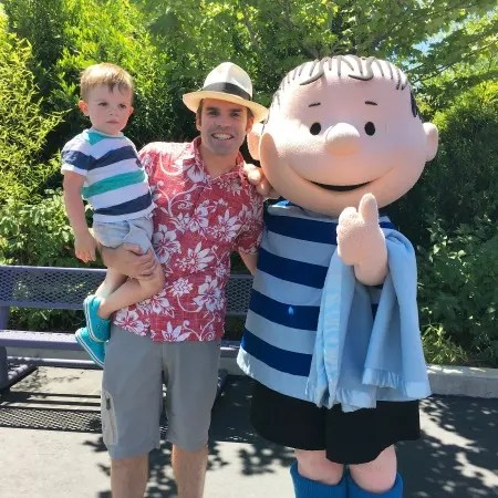 Californias Great America with Kids - Planet Snoopy Linus Character Meet Greet