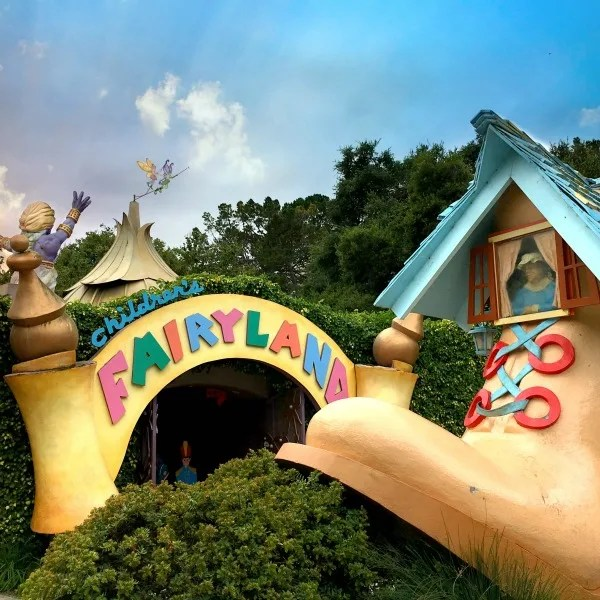 Summer Destinations in California for Families - Oakland Children's Fairyland
