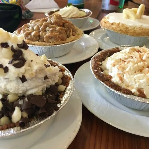 Things to do in Maui with Kids - Leoda's Pie Shop