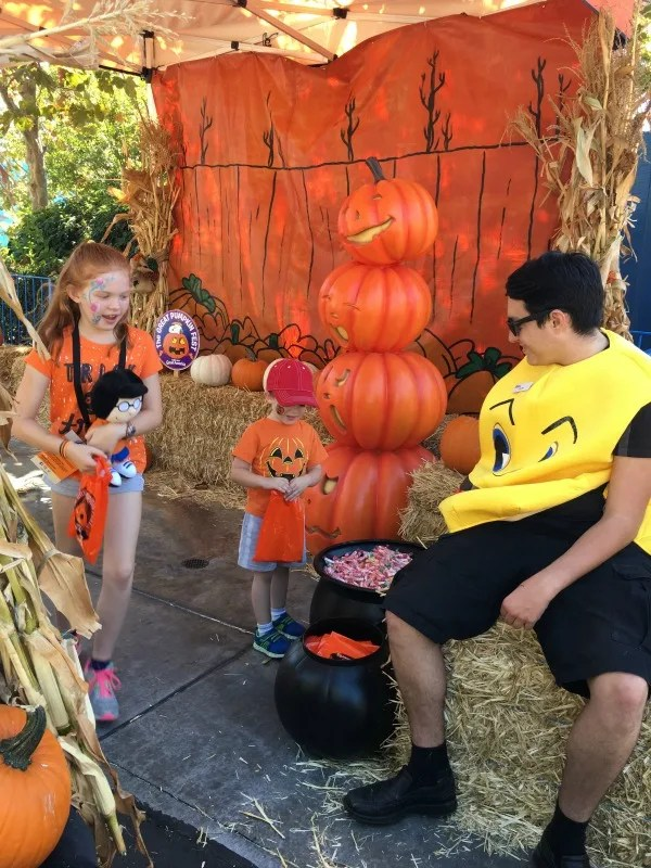 Great Pumpkin Fest Californias Great America - Trick or Treat Stations