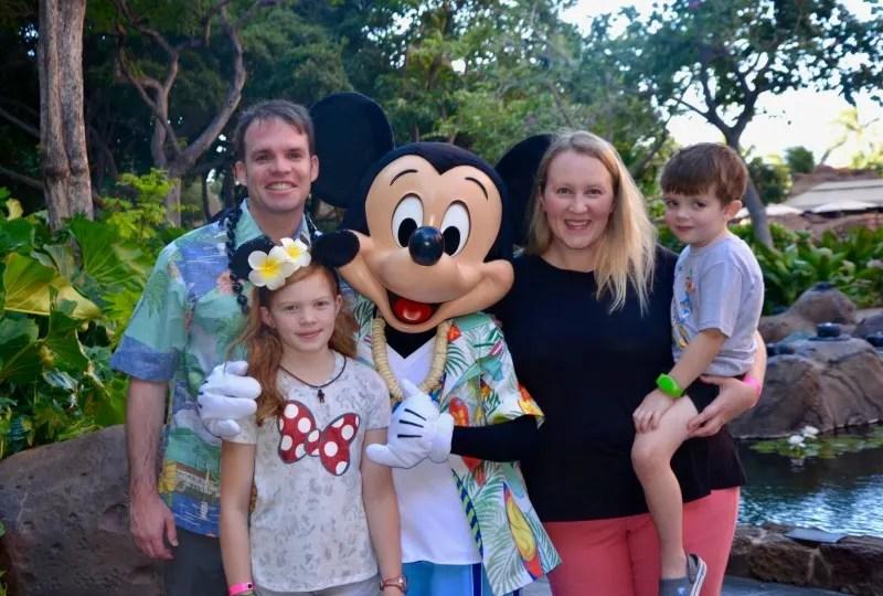 Disney Aulani Splurges - Makahiki Character Breakfast Mickey