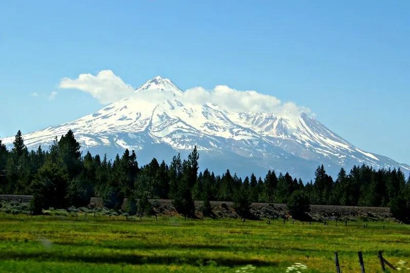 Winter Destinations in California - Mount Shasta