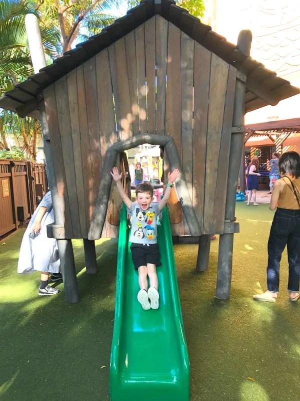 Disney Aulani Auntys Beach House - Backyard Slide