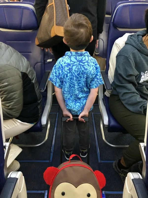 Southwest Hawaii Flight Review - Child Boarding Flight