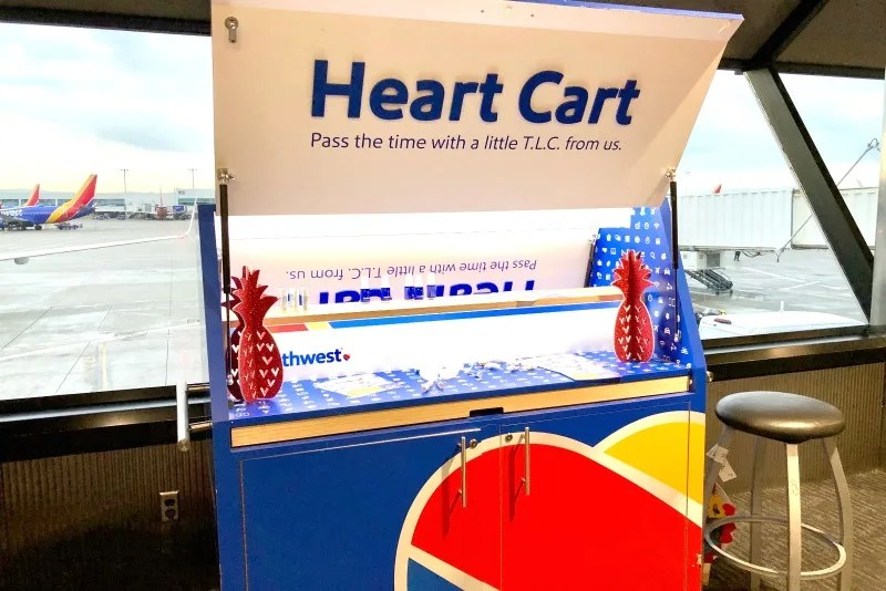 Southwest Hawaii Flight Review - OAK Heart Cart