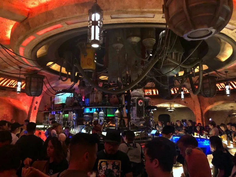 Star Wars Galaxys Edge - Ogas Cantina