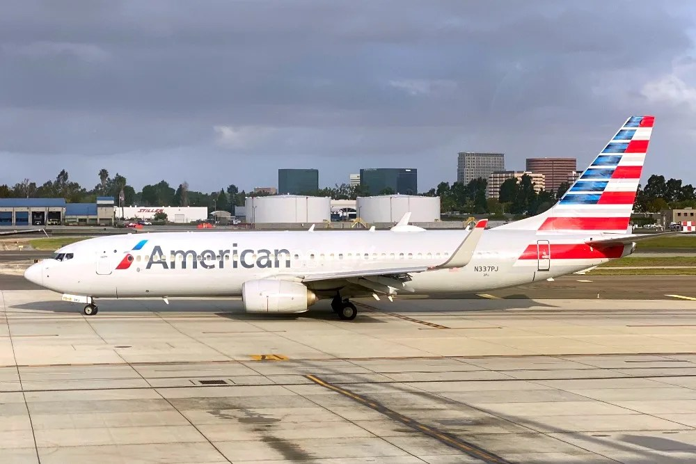 American Airlines Plane Taxiing