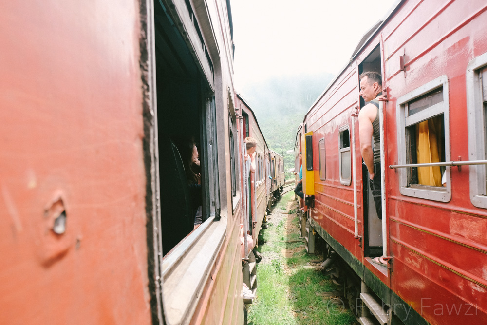 train-ride-in-sri-lanka-by-febry-fawzi-22