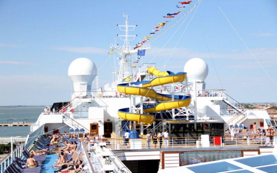 Crucero de septiembre: Costa Favolosa desde Barcelona, restaurantes, traslados, excursiones, hoteles, Marsella, Savona, Roma, viajes, vuelos, vacaciones, cruceros