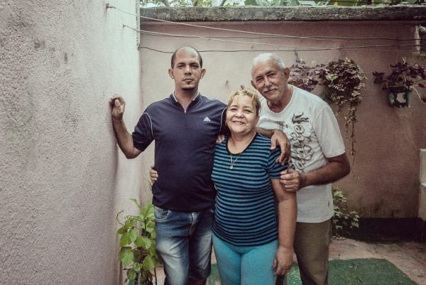 Ramon, Mima y su hijo - Baracoa, Cuba