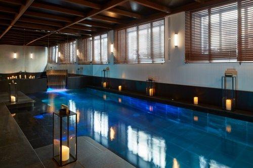 luxe zwembad roch hotel parijs