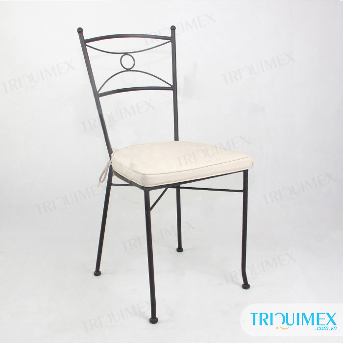 wrought-iron-stackable-dining-chair-with-cushion (1)
