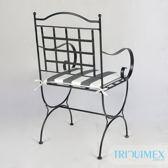 aesthetic-wrought-iron-chair2