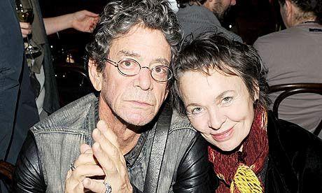 Pokojni Lou Reed i njegova družica Laurie Anderson (izvor: www.theguardian.com)