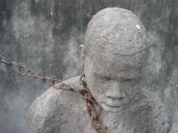 spomenik robovima