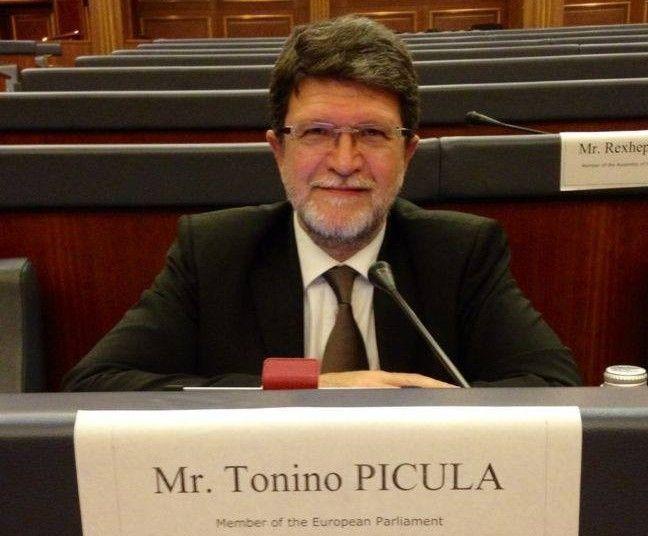 Zastupnik u europarlamentu Tonino Picula (4)