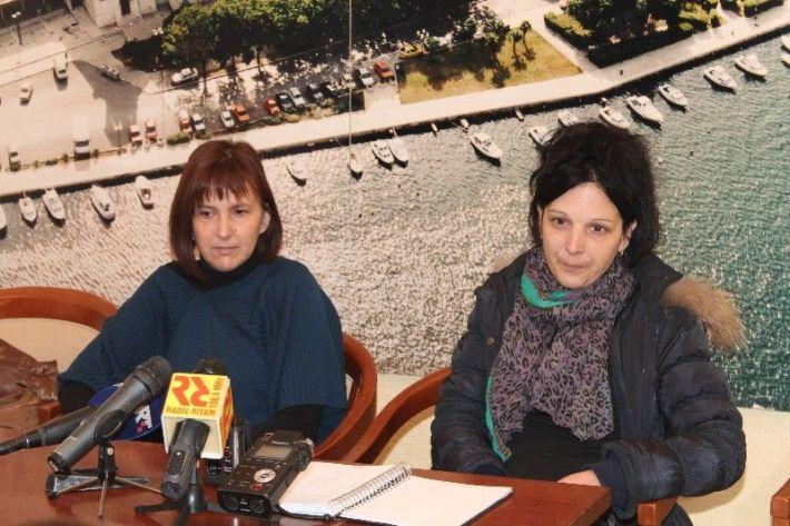 Predsjednica Zajednice žena HDZ-a 'Karatina Zrinska' Anita Aužina i predsjednica Udruge žena 'Sv. Antun' Ana Čirjak