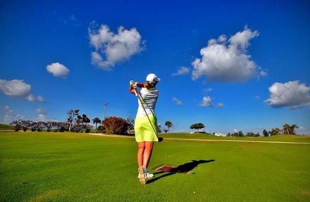 Lady_golfer