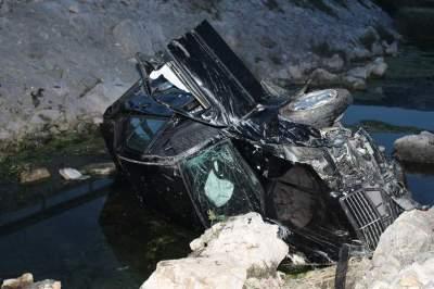U izlijetanju Mercedesa kraj Šibenika teško ozlijeđen vozač