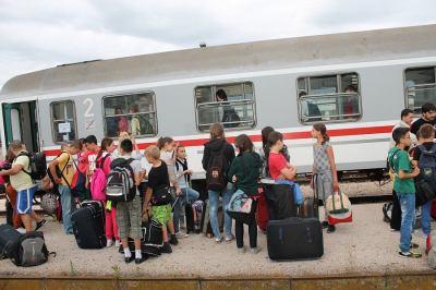 Vlak s djecom iz Gunje kasnio je samo 25 minuta (Foto: H. Pavić)